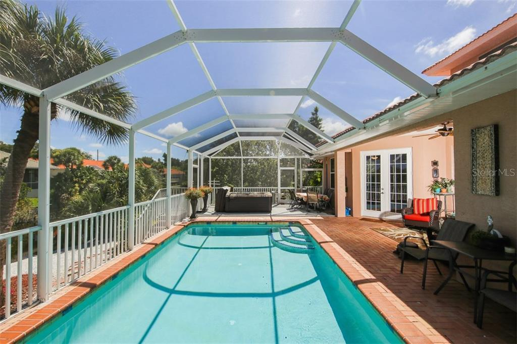 Single Family Home for sale at 124 Sugarloaf Dr, Nokomis, FL 34275 - MLS Number is A4194127