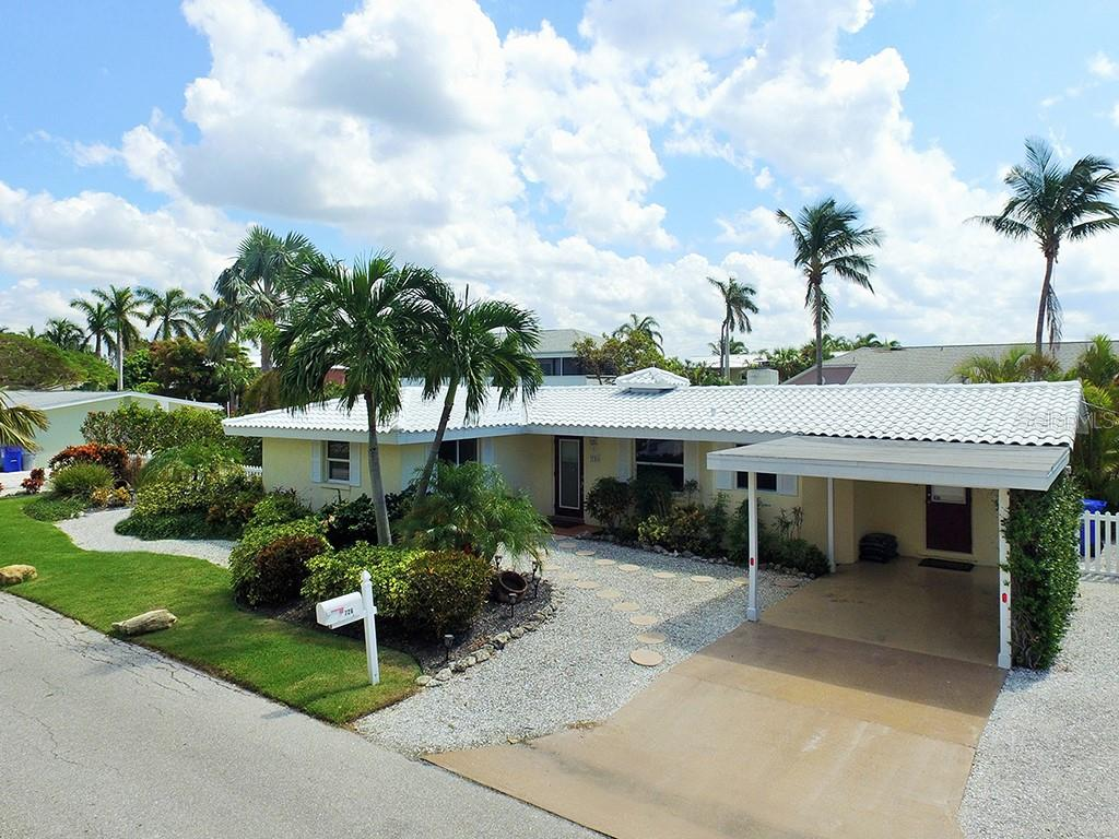 726 Jungle Queen Way - Single Family Home for sale at 726 Jungle Queen Way, Longboat Key, FL 34228 - MLS Number is A4196293