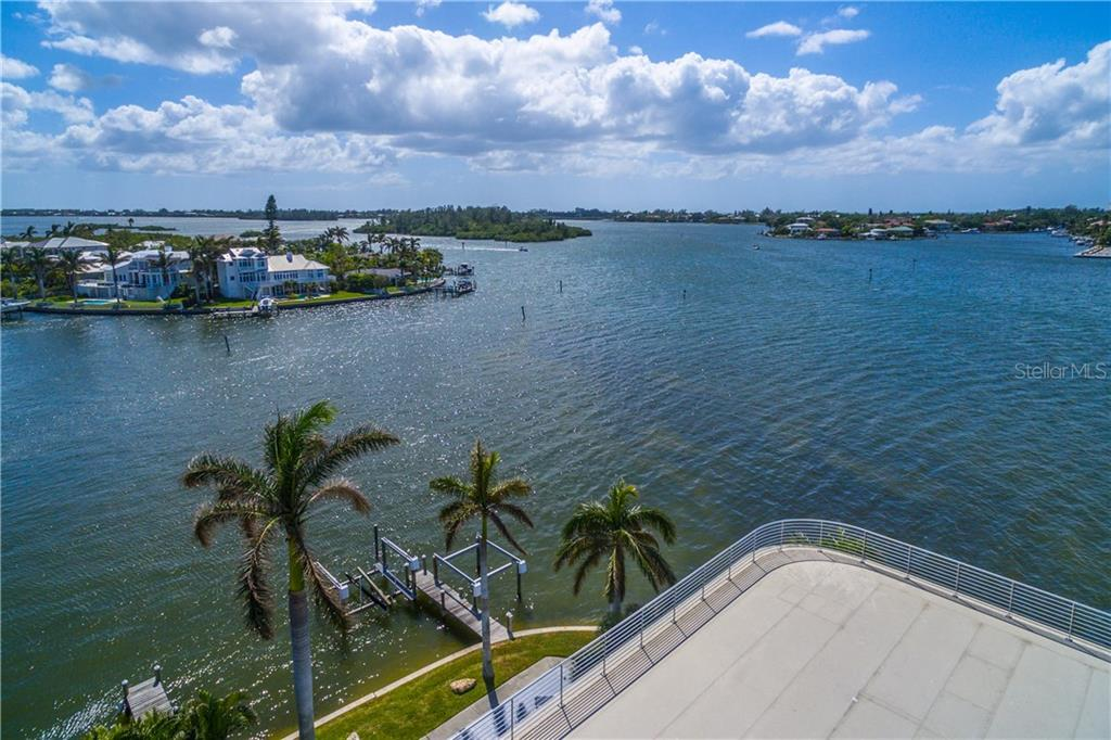 Single Family Home for sale at 1400 Siesta Dr, Sarasota, FL 34239 - MLS Number is A4198048