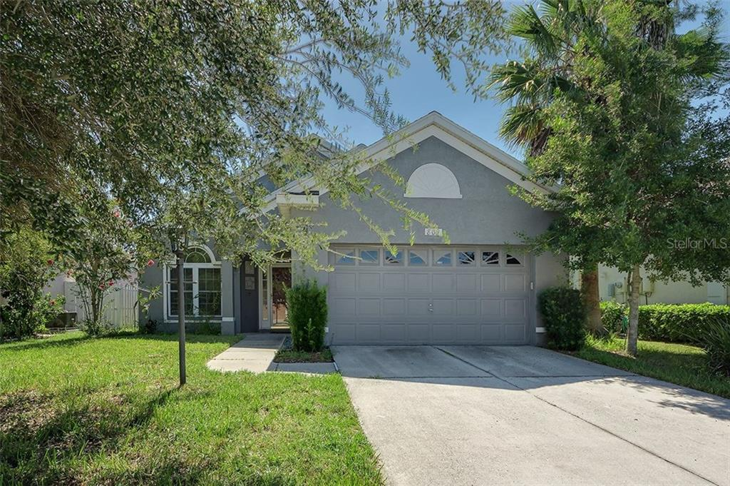 Single Family Home for sale at 809 Tallgrass Ln, Bradenton, FL 34212 - MLS Number is A4203503