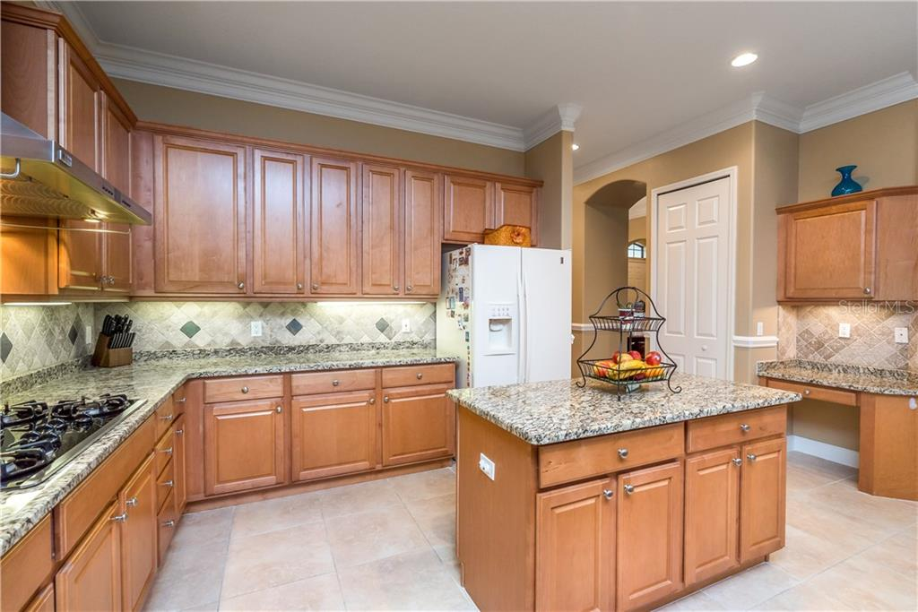 Single Family Home for sale at 13215 Brown Thrasher Pike, Lakewood Rch, FL 34202 - MLS Number is A4204583