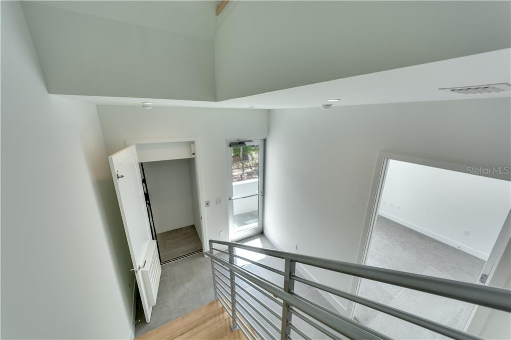 Townhouse for sale at 620 S Rawls Ave #oc2, Sarasota, FL 34236 - MLS Number is A4205433