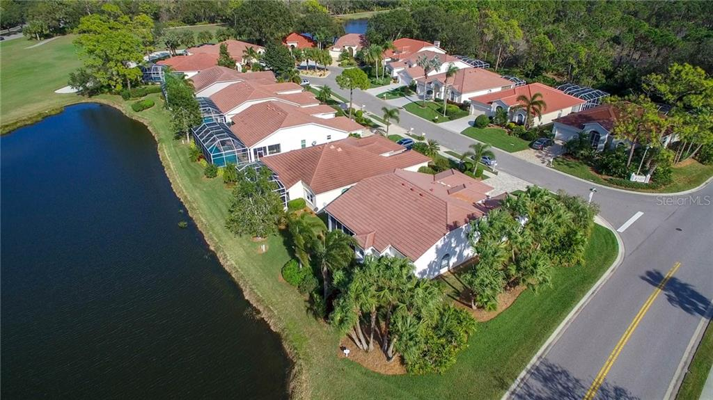 Single Family Home for sale at 8878 Macgregor Ln, Sarasota, FL 34238 - MLS Number is A4205547