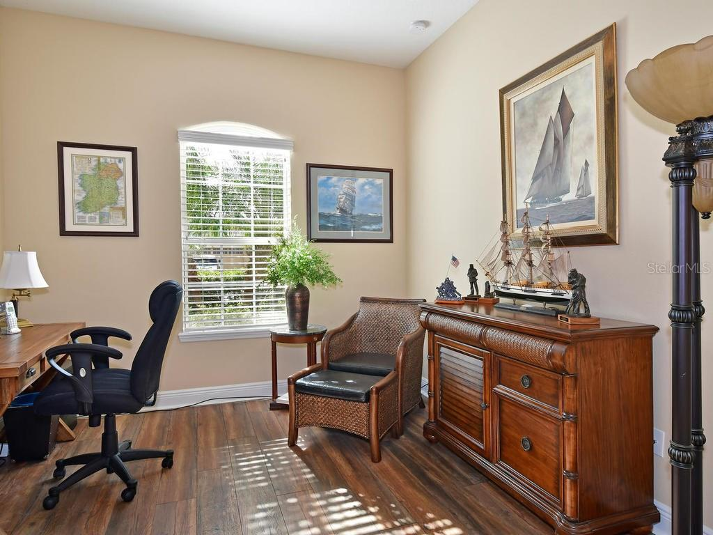 Office space can also be used as an additional guest room - Single Family Home for sale at 6601 Horned Owl Pl, Sarasota, FL 34241 - MLS Number is A4205612