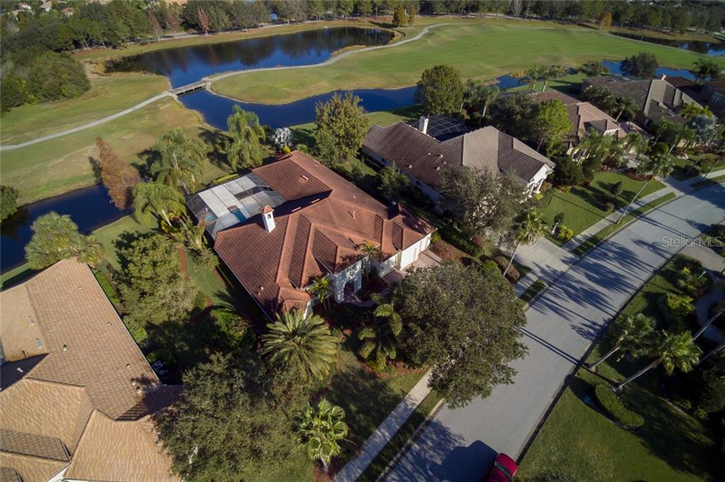 Single Family Home for sale at 7127 Beechmont Ter, Lakewood Ranch, FL 34202 - MLS Number is A4205747