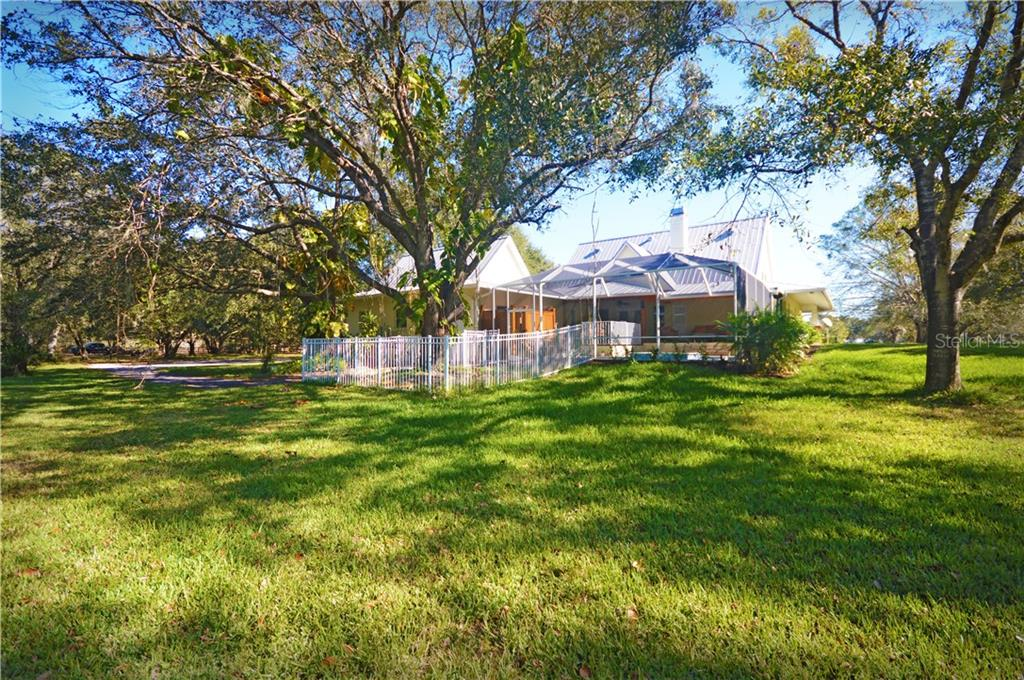 Single Family Home for sale at 1300 Pine Prairie Rd, Sarasota, FL 34240 - MLS Number is A4205812