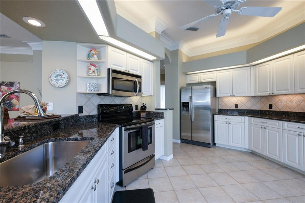 Single Family Home for sale at 8754 49th Ter E, Bradenton, FL 34211 - MLS Number is A4206502