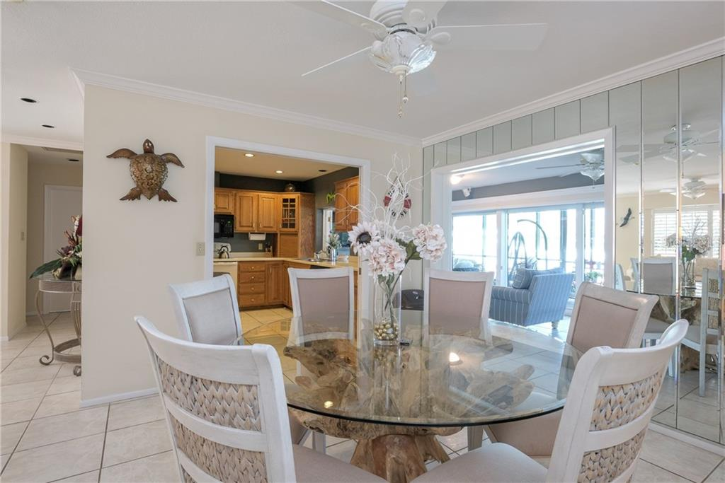 Open and spacious dining area. - Single Family Home for sale at 5633 Cape Leyte Dr, Sarasota, FL 34242 - MLS Number is A4207008