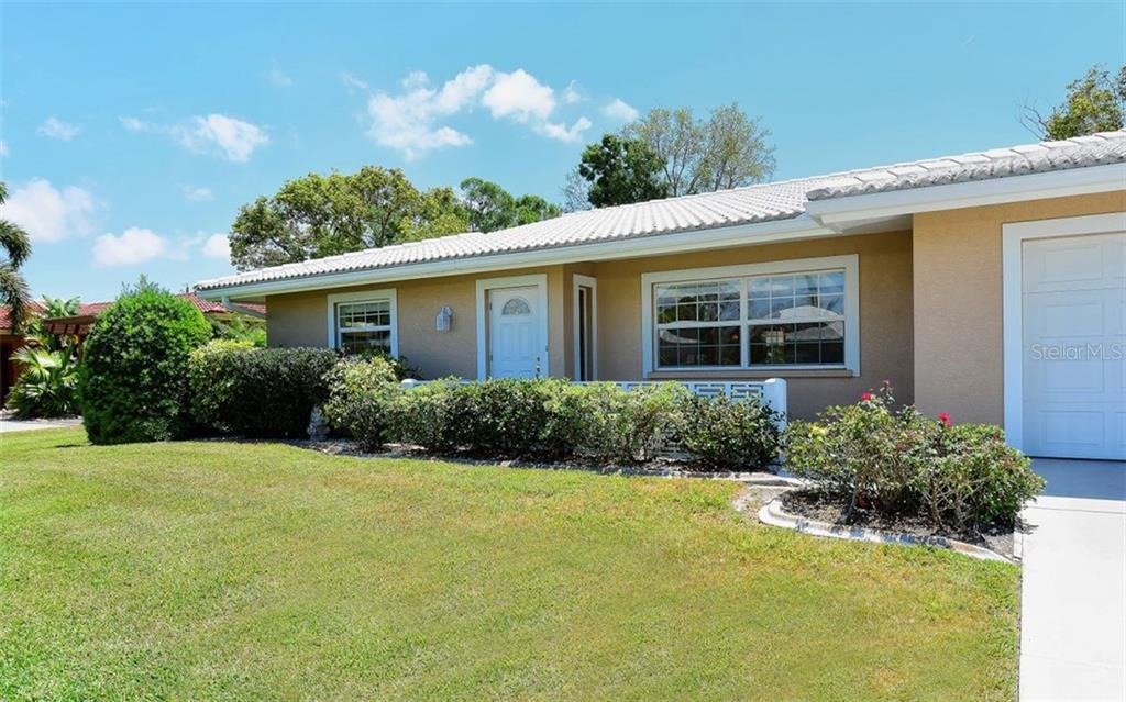 Village Green Deed Restrictions - Single Family Home for sale at 3312 Spring Mill Cir, Sarasota, FL 34239 - MLS Number is A4207270