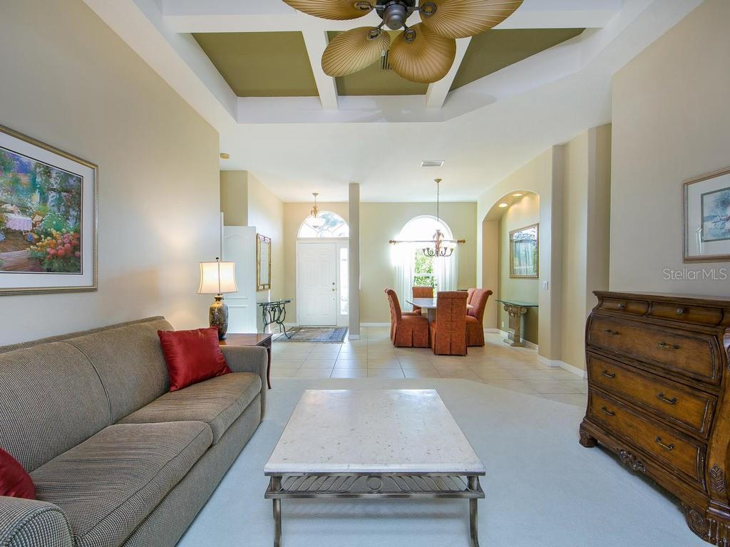 Living room - Single Family Home for sale at 1010 Oak Preserve Ln, Osprey, FL 34229 - MLS Number is A4207598