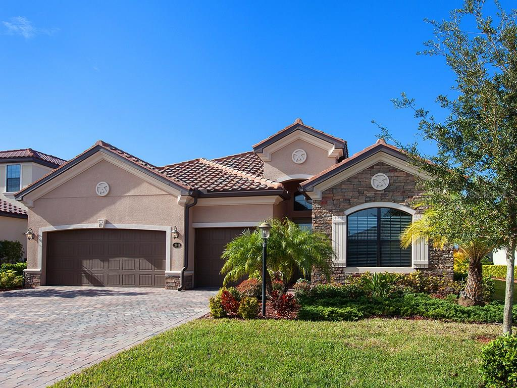 HOA Disclosure - Single Family Home for sale at 13019 Belknap Pl, Lakewood Ranch, FL 34211 - MLS Number is A4207949