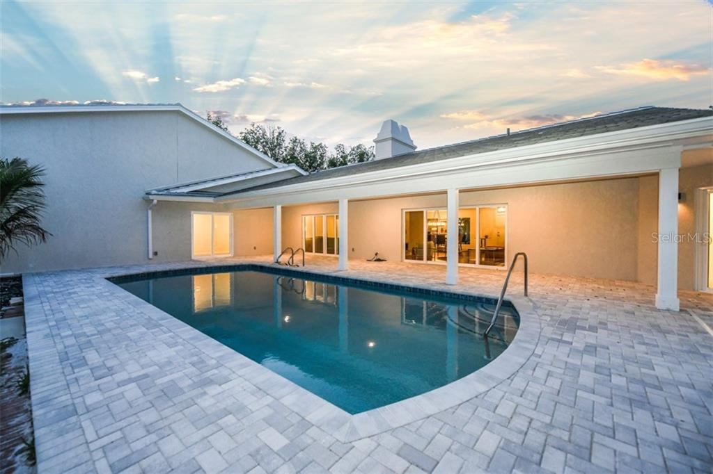 Outdoor terrace - Single Family Home for sale at 460 Pheasant Dr, Sarasota, FL 34236 - MLS Number is A4208025