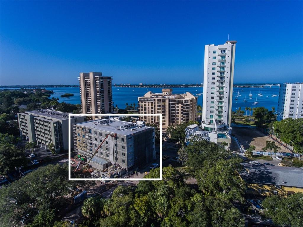 The Palm Terrace - Pool, spa, cabanas, fire pit & gas grills- an urban oasis for relaxation and retreat. - Condo for sale at 711 S Palm Ave #502, Sarasota, FL 34236 - MLS Number is A4210163