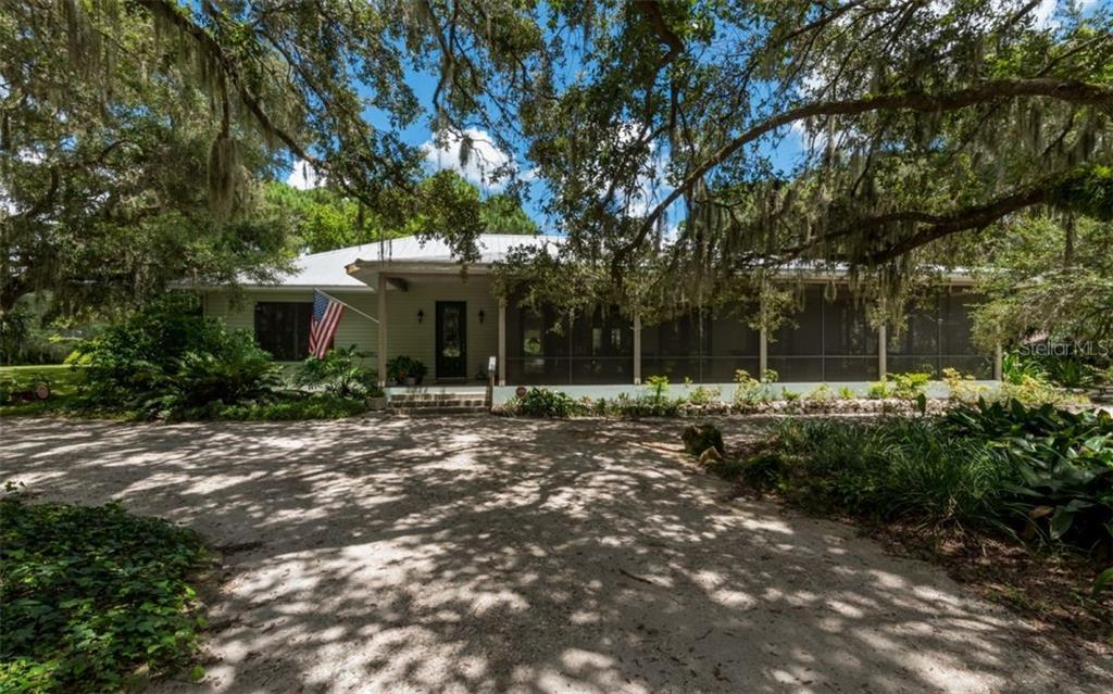 Main House, Two-bedroom, two bathroom, 2983 square feet - Single Family Home for sale at 7865 27th St E, Sarasota, FL 34243 - MLS Number is A4400492