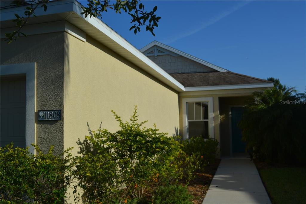 Single Family Home for sale at 11808 Crawford Parrish Ln, Parrish, FL 34219 - MLS Number is A4400766