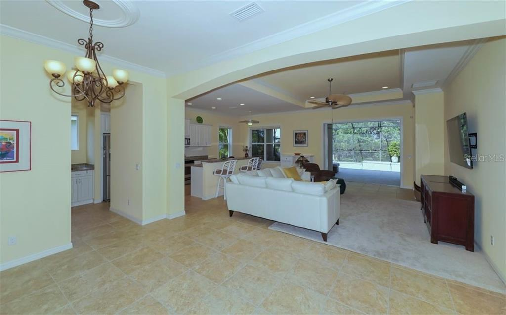 New Supplement - Single Family Home for sale at 12205 Thornhill Ct, Lakewood Ranch, FL 34202 - MLS Number is A4400896