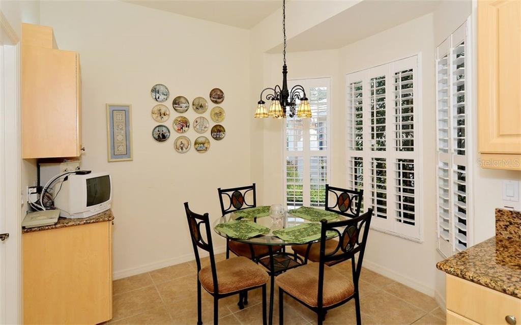 Breakfast nook - Villa for sale at 1647 Lancashire Dr #1647, Venice, FL 34293 - MLS Number is A4404210