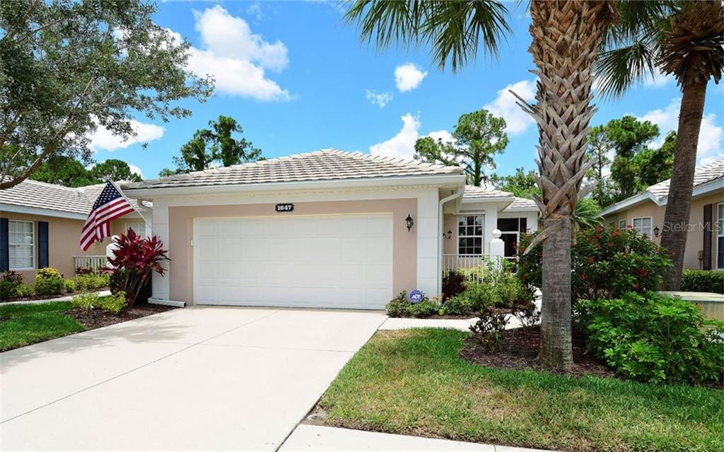 Front - Villa for sale at 1647 Lancashire Dr #1647, Venice, FL 34293 - MLS Number is A4404210