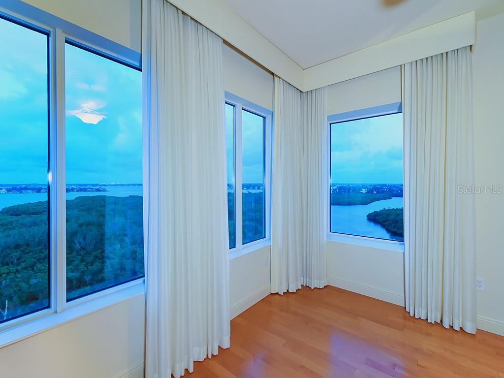Walls of Glass - Nature/Preserve Views - Condo for sale at 1300 Benjamin Franklin Dr #1008, Sarasota, FL 34236 - MLS Number is A4405360