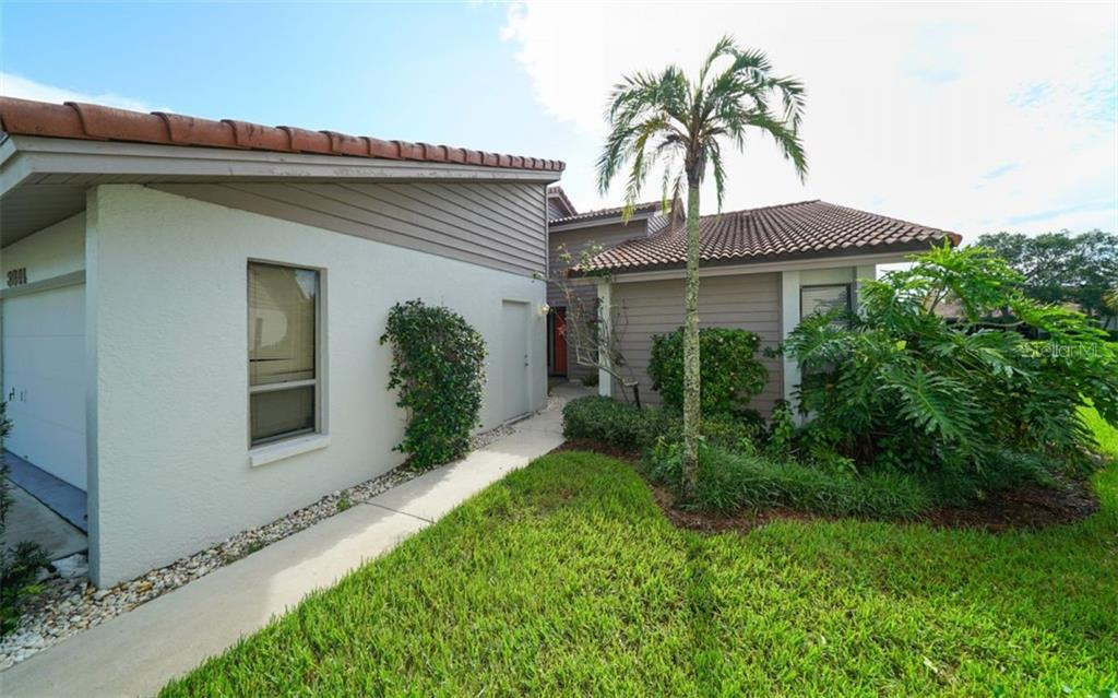 New Supplement - Condo for sale at 3844 Wilshire Cir W #20, Sarasota, FL 34238 - MLS Number is A4405870