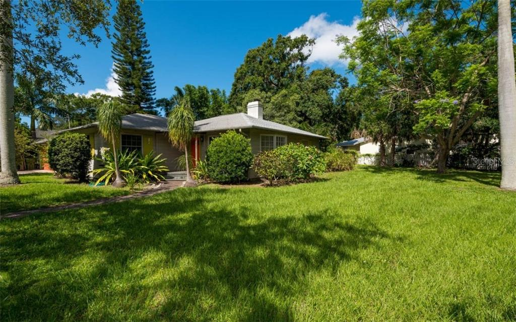 New Supplement - Single Family Home for sale at 934 Yale Ave, Sarasota, FL 34236 - MLS Number is A4405930