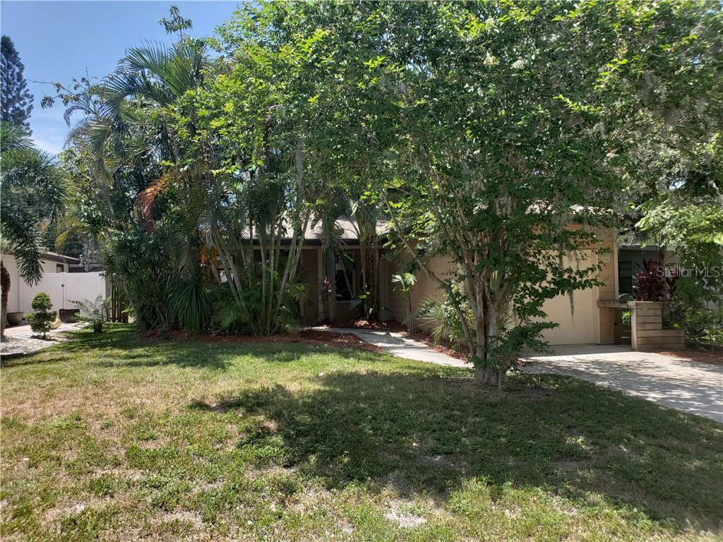 Single Family Home for sale at 4738 Harris Ave, Sarasota, FL 34233 - MLS Number is A4406709