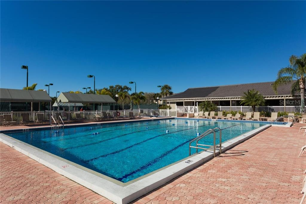 Single Family Home for sale at 5179 Flicker Field Cir, Sarasota, FL 34231 - MLS Number is A4408014