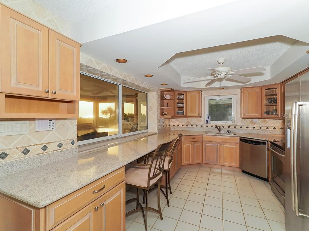 Guest House #2 - Kitchen w/Stainless Steel Appliances - Single Family Home for sale at 916 N Casey Key Rd, Osprey, FL 34229 - MLS Number is A4408082