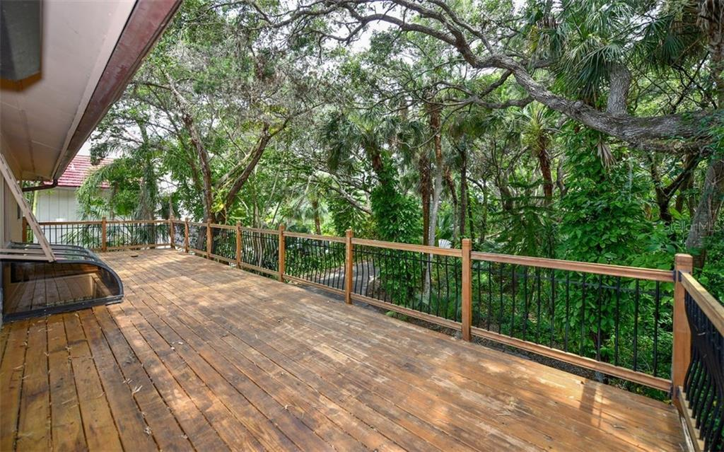 Spacious Front Deck - Single Family Home for sale at 1238 Sea Plume Way, Sarasota, FL 34242 - MLS Number is A4408272