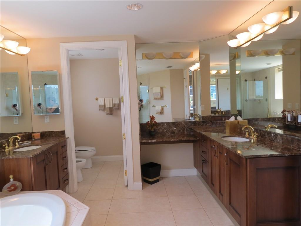 Condo for sale at 128 Golden Gate Pt #401b, Sarasota, FL 34236 - MLS Number is A4408828