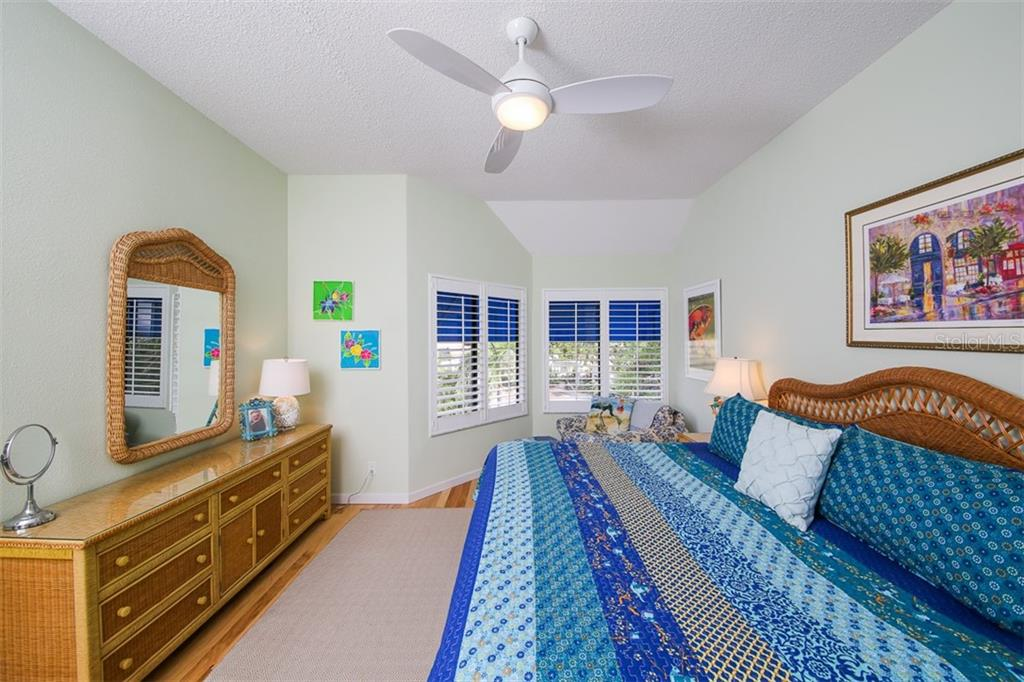 Guest Bedroom - Condo for sale at 1910 Harbourside Dr #503, Longboat Key, FL 34228 - MLS Number is A4409634