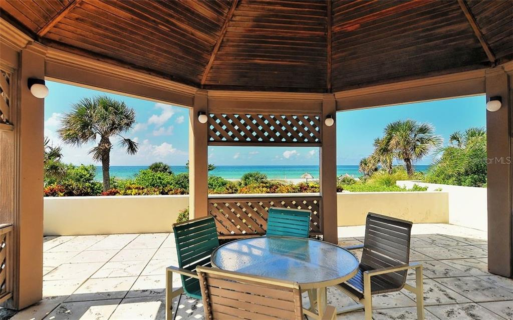 Outdoor Grill & Dining Area - Condo for sale at 1211 Gulf Of Mexico Dr #705, Longboat Key, FL 34228 - MLS Number is A4410234