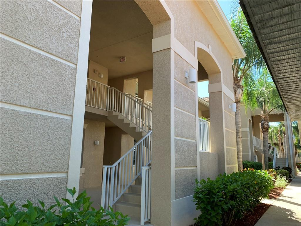 Heritage Harbour Golf Memberships - Condo for sale at 1003 Fairwaycove Ln #201, Bradenton, FL 34212 - MLS Number is A4411858