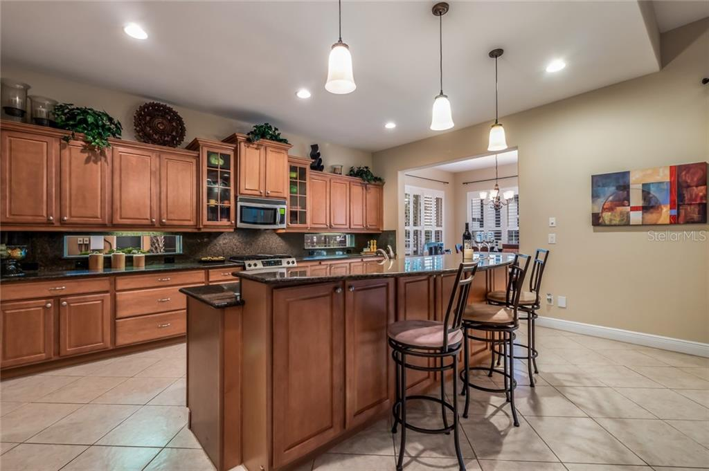 Kitchen - Single Family Home for sale at 5114 Lake Overlook Ave, Bradenton, FL 34208 - MLS Number is A4412194
