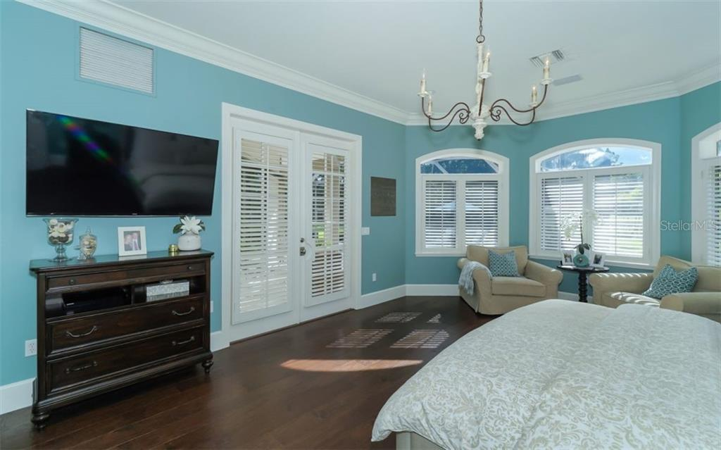 Master Suite - Single Family Home for sale at 3183 Dick Wilson Dr, Sarasota, FL 34240 - MLS Number is A4412326