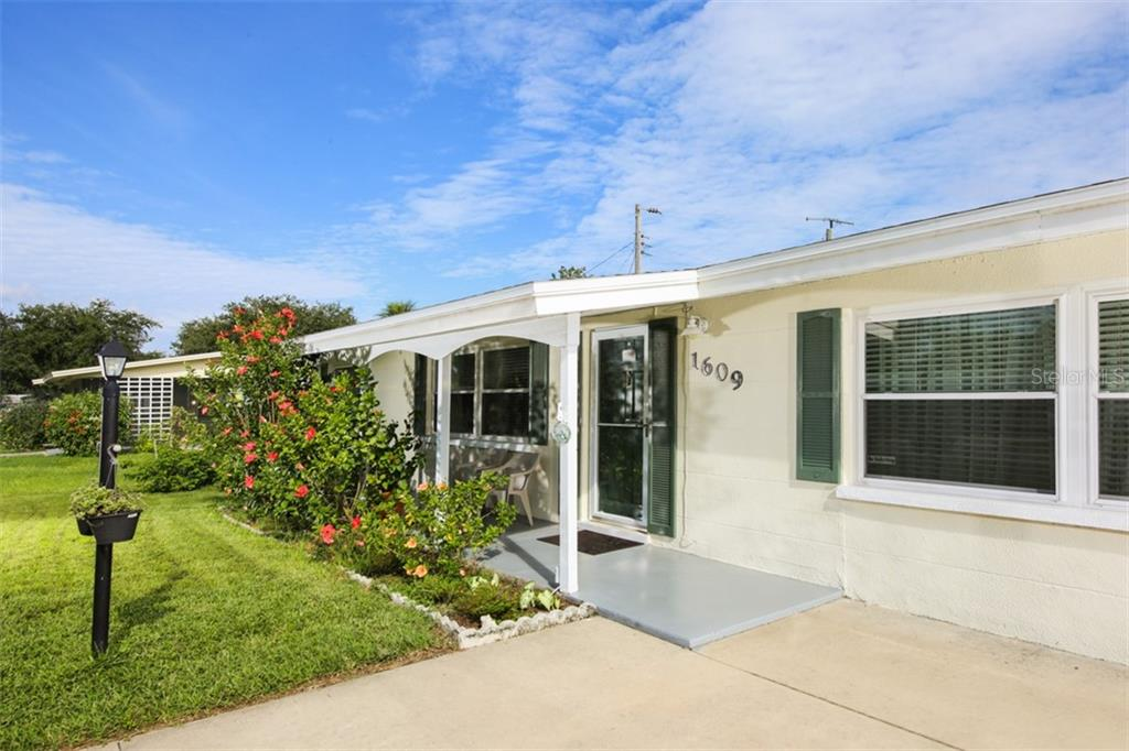 New Supplement - Single Family Home for sale at 1609 58th Avenue Dr W, Bradenton, FL 34207 - MLS Number is A4413034