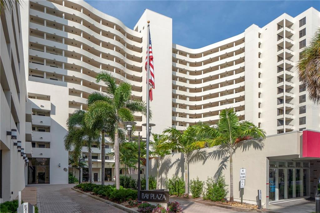 Bay Plaza, Downtown Sarasota & Sarasota Bay & marina. - Condo for sale at 1255 N Gulfstream Ave #1502, Sarasota, FL 34236 - MLS Number is A4413205