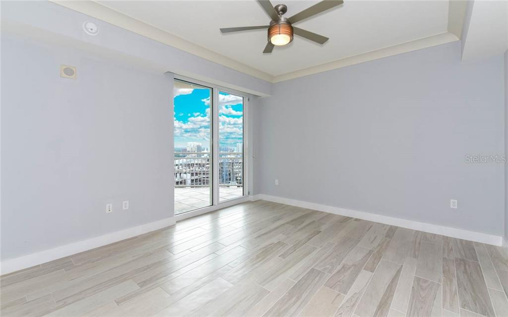 Condo for sale at 1350 Main St #1505, Sarasota, FL 34236 - MLS Number is A4413407