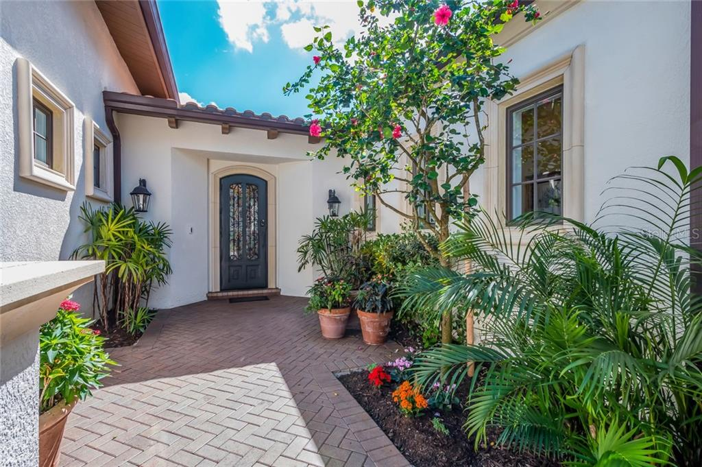Single Family Home for sale at 7983 Matera Ct, Lakewood Ranch, FL 34202 - MLS Number is A4414479