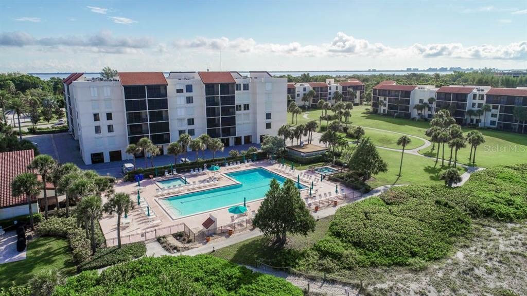 Condo for sale at 1945 Gulf Of Mexico Dr #m2-105, Longboat Key, FL 34228 - MLS Number is A4414709