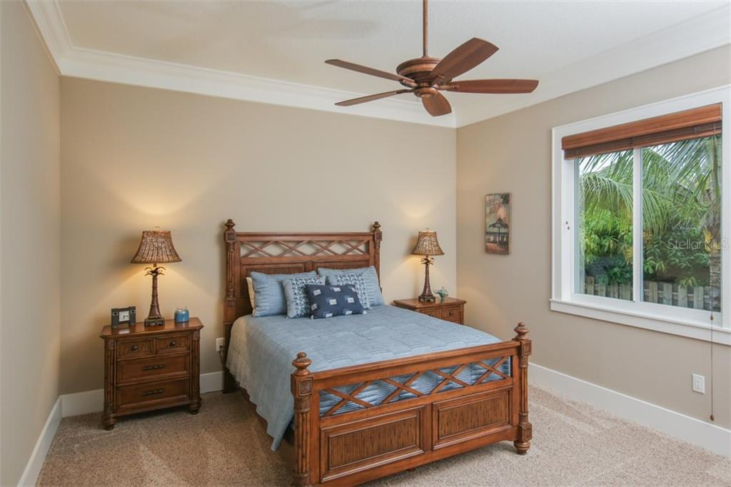Bedroom 2 - Single Family Home for sale at 4847 Primrose Path, Sarasota, FL 34242 - MLS Number is A4415116
