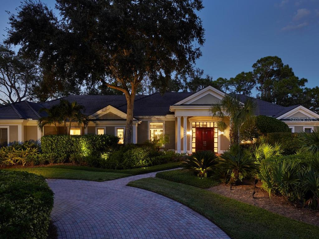 Single Family Home for sale at 324 Osprey Point Dr, Osprey, FL 34229 - MLS Number is A4415315