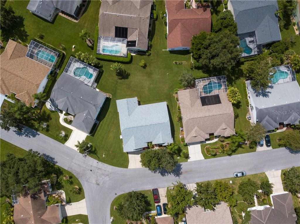 Single Family Home for sale at 5936 Java Plum Ln, Bradenton, FL 34203 - MLS Number is A4415380