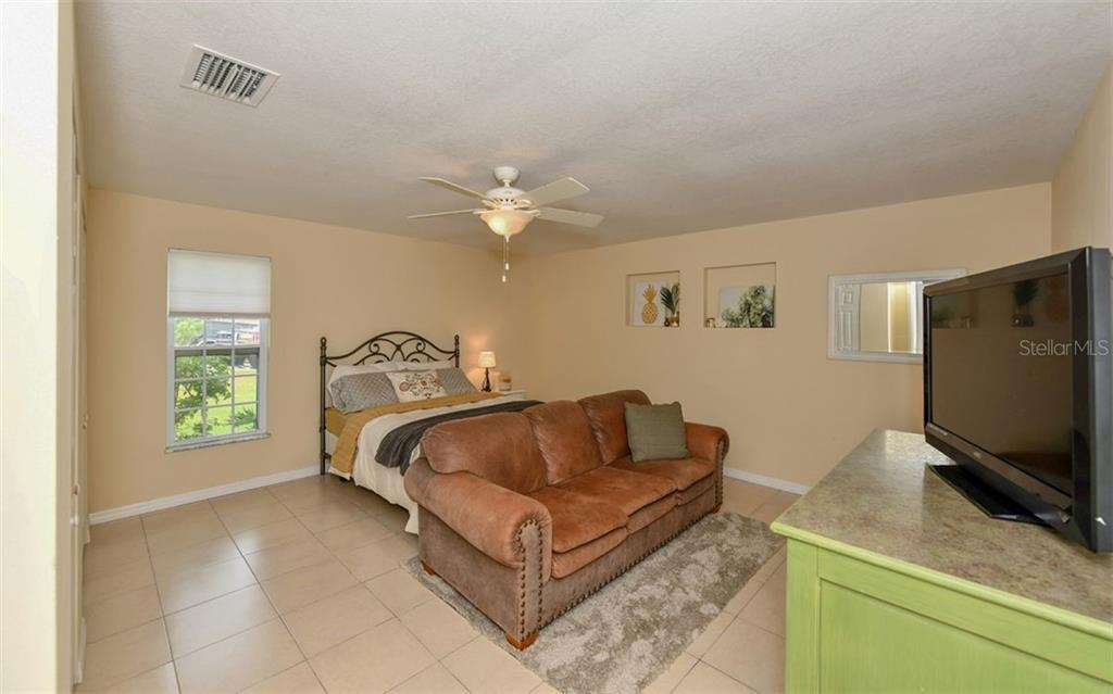Single Family Home for sale at 6605 16th Avenue Dr W, Bradenton, FL 34209 - MLS Number is A4415801