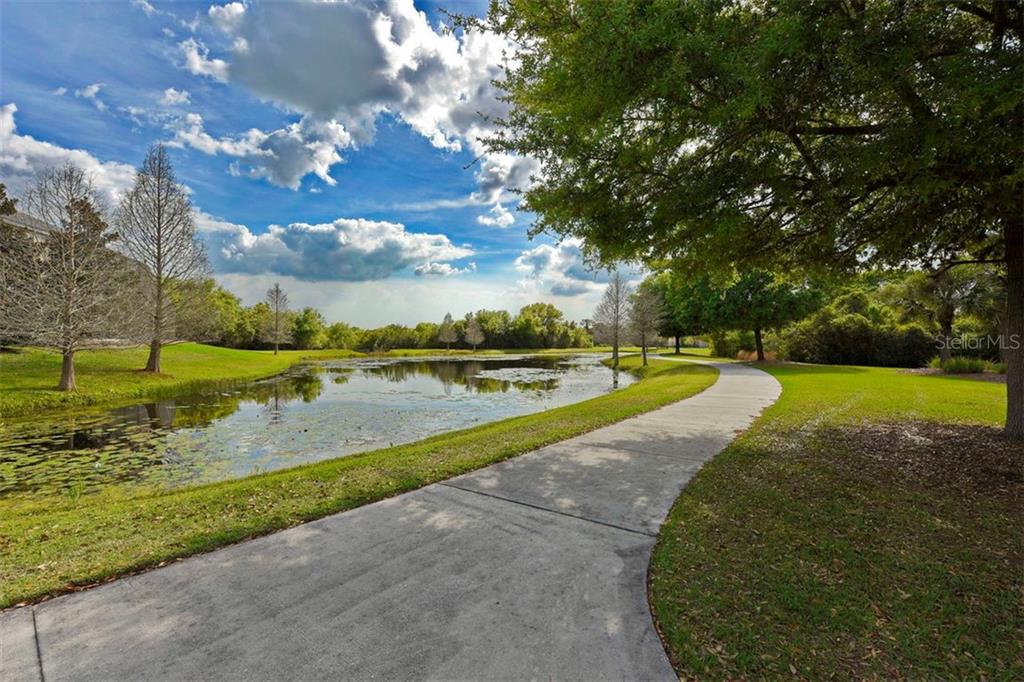 Single Family Home for sale at 14527 Sundial Pl, Lakewood Ranch, FL 34202 - MLS Number is A4416769