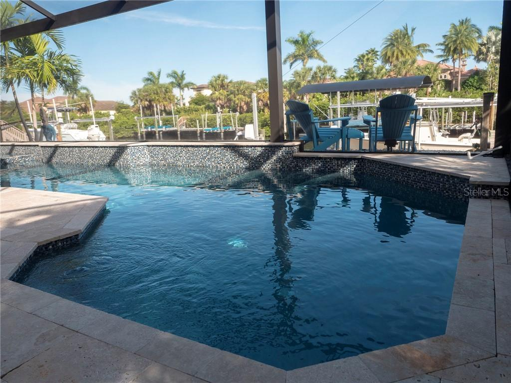 It doesn't get any better than this! - Single Family Home for sale at 3803 5th Ave Ne, Bradenton, FL 34208 - MLS Number is A4417524