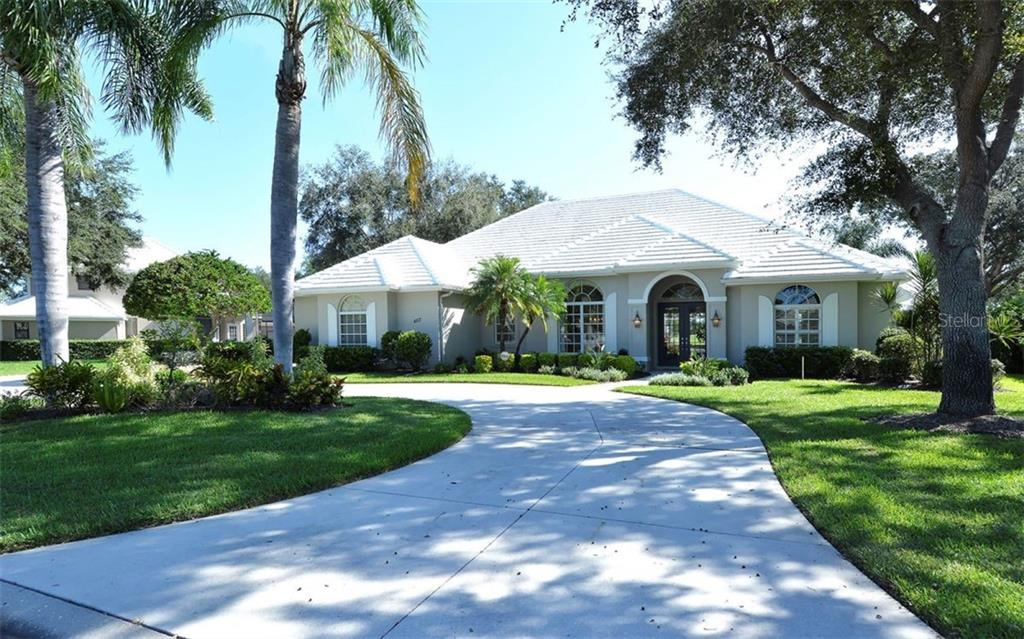 Front - Single Family Home for sale at 462 Sherbrooke Ct, Venice, FL 34293 - MLS Number is A4418225
