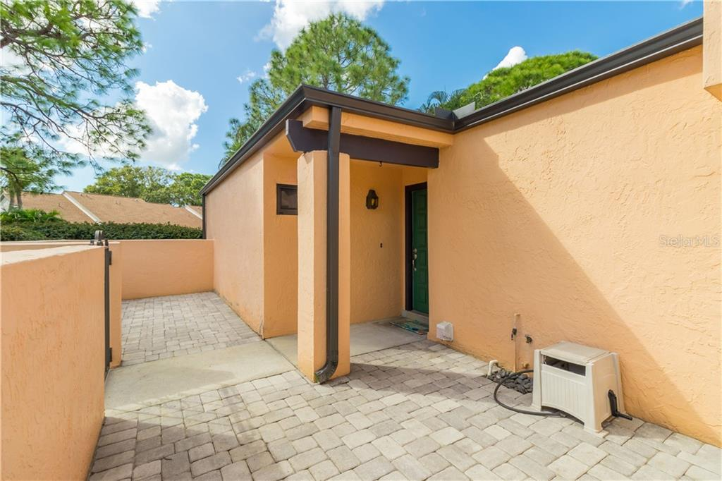 Villa for sale at 5235 Myrtle Wood #18, Sarasota, FL 34235 - MLS Number is A4418558
