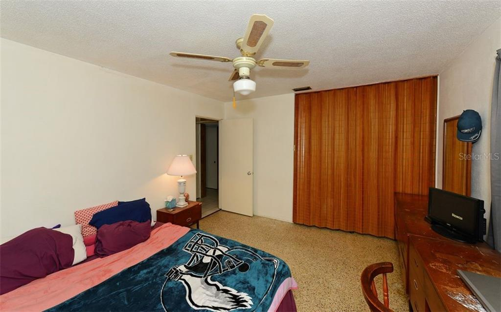 Master Bedroom - Single Family Home for sale at 2408 Arlington St, Sarasota, FL 34239 - MLS Number is A4418939