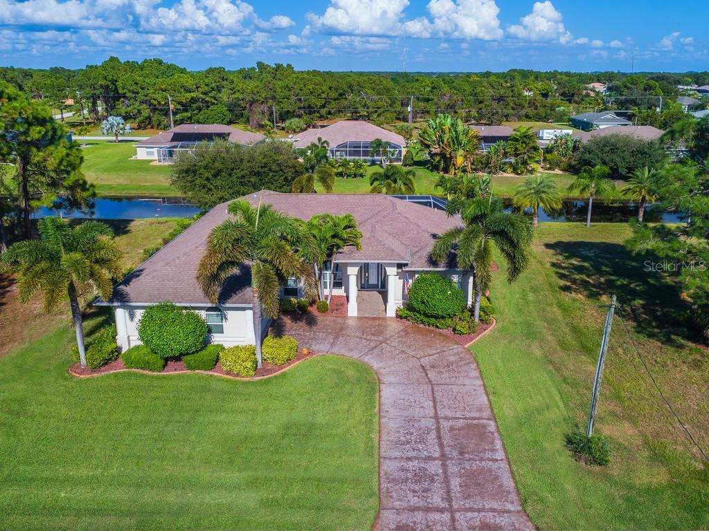 HOA - Single Family Home for sale at 250 White Marsh Ln, Rotonda West, FL 33947 - MLS Number is A4418988